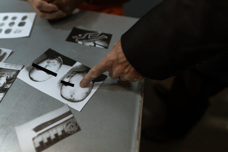 Analyse von Fotografien - Detektivarbeit